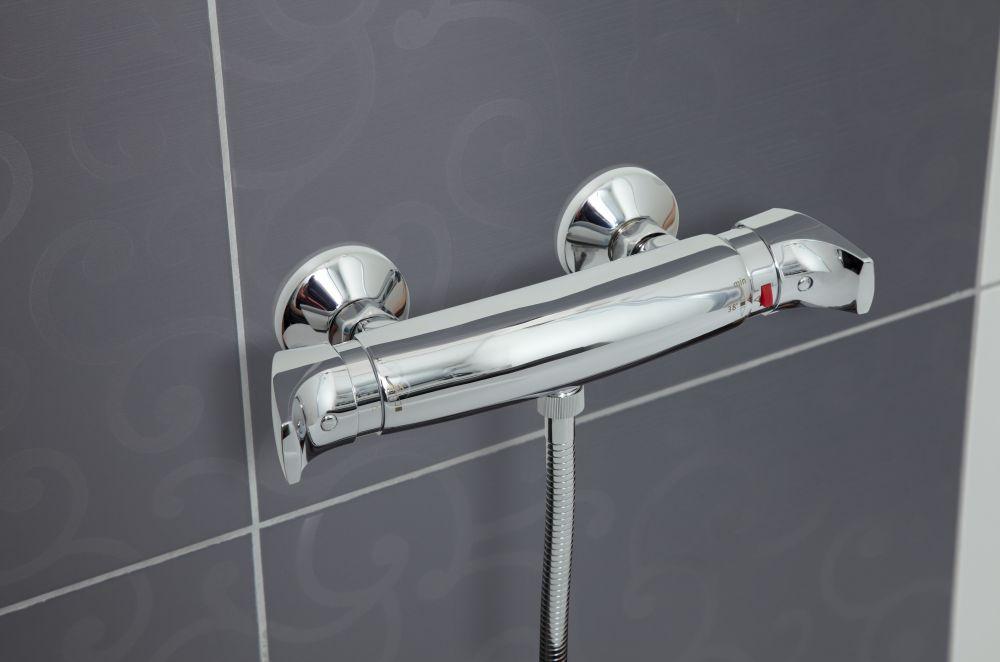 Novaservis - myslí v koupelně a vše || Baustore.cz